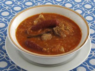 Sauerkrautsuppe mit Linsen