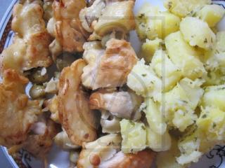 Fleischspieß mit Champignons und Hühnerfleisch