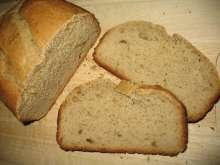 Brot mit Erdnussbutter