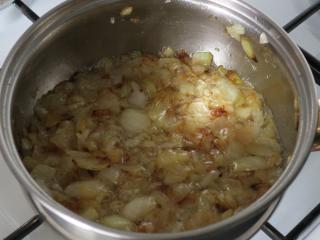 Vorbereitung der Zwiebel