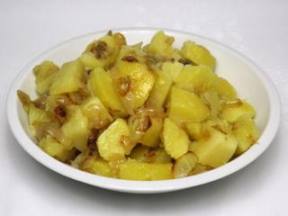 Gekochte Zwiebel-Kartoffeln