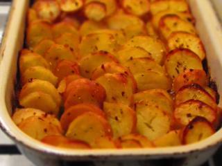 Überbackene Kartoffeln mit Porree