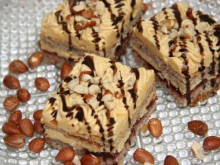 Erdnuss - Karamell Kuchen