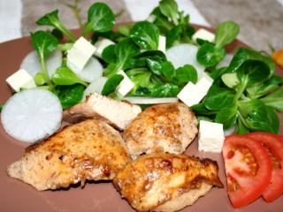 ActiFry gegrillte Hähnchenbrust mit Feldsalat