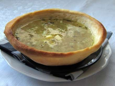 Knoblauchsuppe mit Kartoffeln