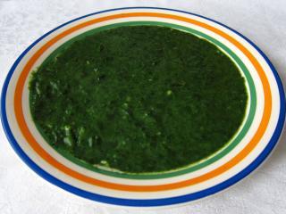 Spinat - Cremesuppe aus frischem Spinat