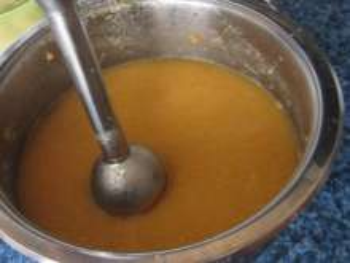 Vorbereitung der Sauce