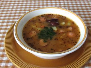 Bohnensuppe mit Wurst