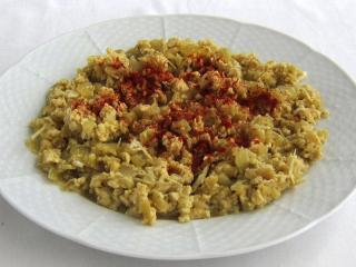 Gedämpfter Paprika mit Ei