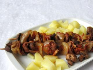 Champignon - Fleisch - Spieße