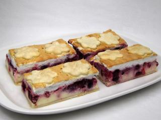 Quark-Kuchen mit Obst