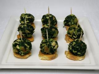 Spinat-Kügelchen mit Truthahnfleisch