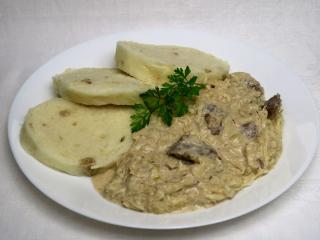 Szegediner-Gulasch mit Rindfleisch