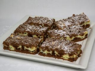 Geraspelter Kuchen mit Quark