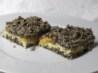 Geriebener Mohn-Kuchen