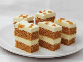 Karotten-Dessert mit Hüttenkäse