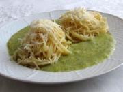 Spaghetti mit Brokkolisauce