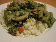 Pilze mit Brokkoli in Austernsauce