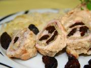 Hühnerroulade mit Kraut und Pflaumen