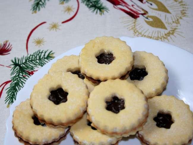Linzer Weihnachtsplätzchen.Mürbes Linzer Plätzchen
