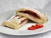 Mascarpone-Strudel mit Erdbeeren