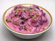 Gurkensalat mit Beete im Joghurt