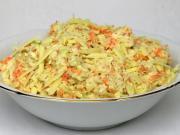 Frühkohlsalat mit Cheddar Käse