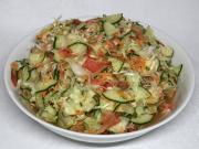 Ein knuspriger Gemüsesalat